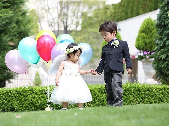 お子様にも可愛いらしいドレスやタキシードをご用意いたします