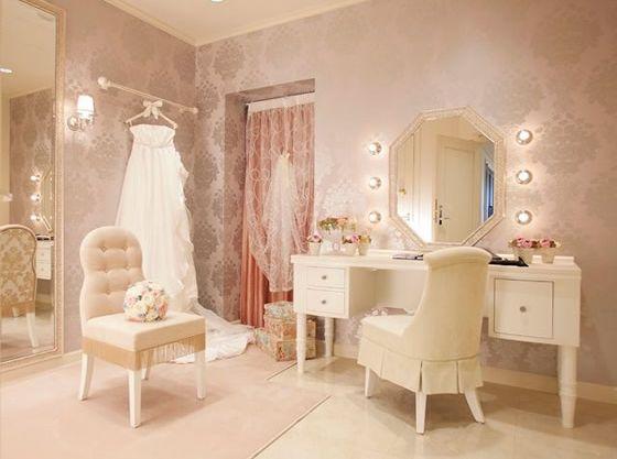 花嫁控室も専用なので、お子様と一緒にお召し替え