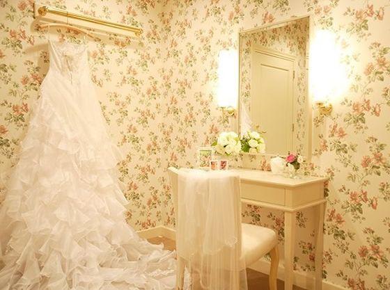 花嫁控室も専用なのでお子様と一緒にお召し替え♪
