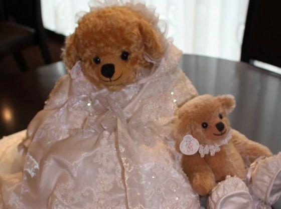 生まれてくる赤ちゃんへ、ドレスをベビードレスに変身させても可愛いね♪