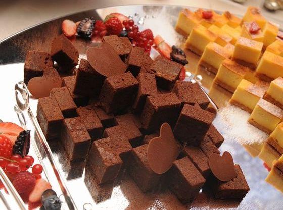 デザートブッフェやチョコレートファウンテンはお子様に大人気♪