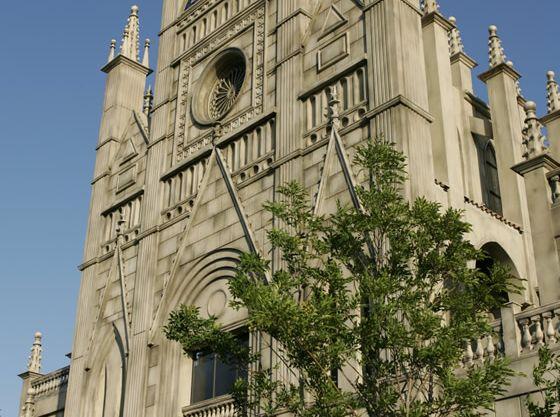 存在感のある大聖堂は松阪のシンボルでもあります。