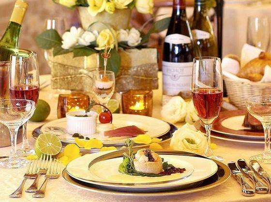 厳選された食材を使った婚礼料理。