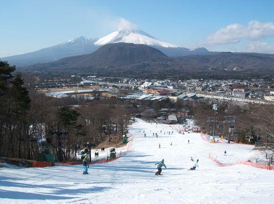 軽井沢プリンススキー場もすぐ近くにあるので、結婚式後もお子さまを連れてまた遊びに来られる気軽さがあります。