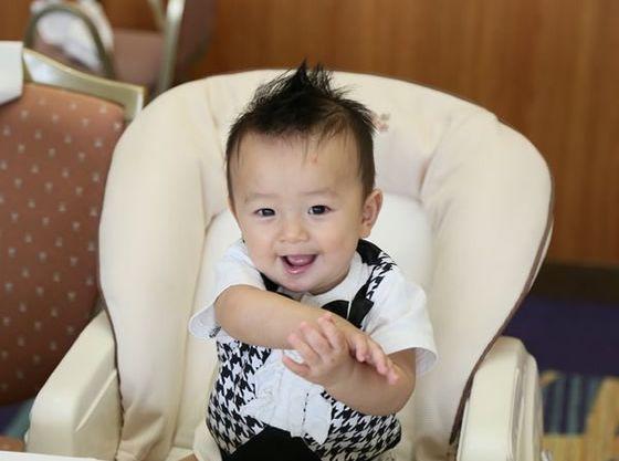 満1歳までのお子さまはリクライニング式のベビーコットをご用意しています。