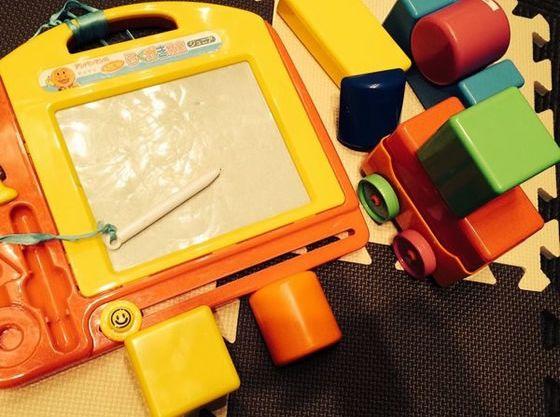 お子様用のおもちゃも準備してあるので、少ない荷物でご来館OK。