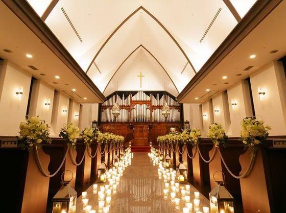 ヨーロッパから移築したパイプオルガンが人気の教会。