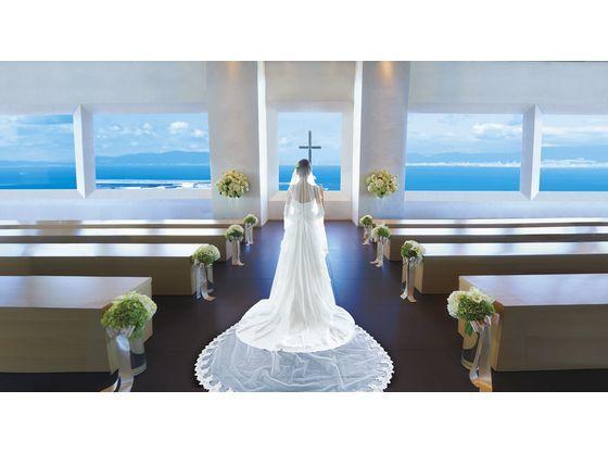 地上250mの【翼の教会】関西空港も一望できる景色を楽しめます