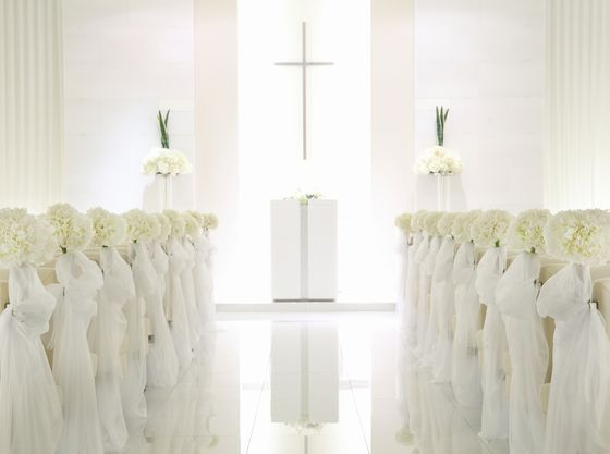 純白の【光の教会】真っ白な光でこれからのご家族様を温かく包みます