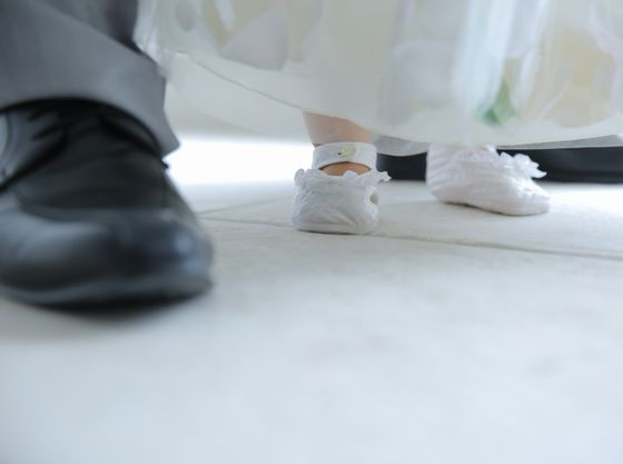 パパとバージンロードを歩く練習。