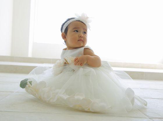 お子様用のドレスやタキシードのレンタルがございます。