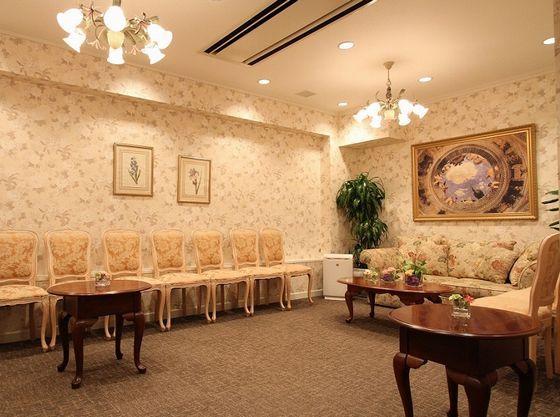 貸切邸宅の為、広々とした部屋でお待ち頂く事も可能です♪