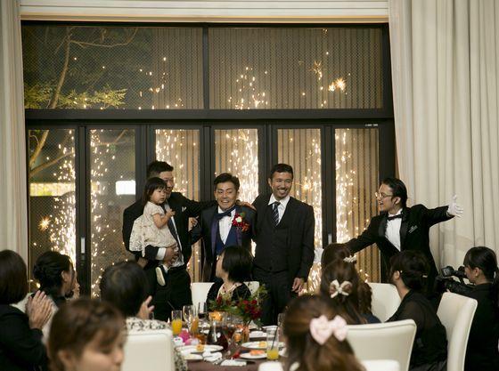 ゲストのお子様と一緒にご入場も♪花火も歓声もあがりました★♪
