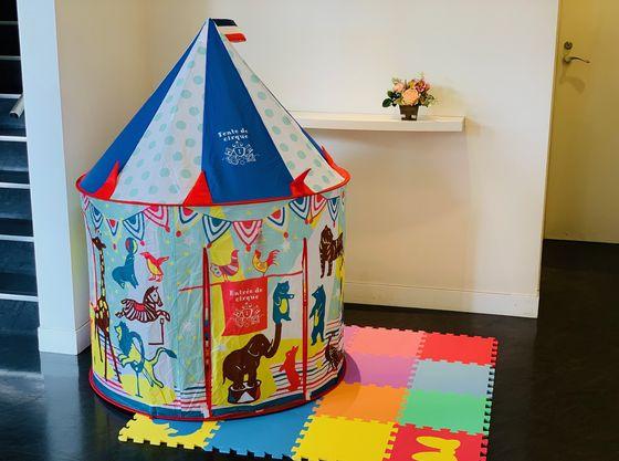 お子様用のおもちゃや、キッヅスペースも完備。お子様ゲストも飽きずに楽しめる。
