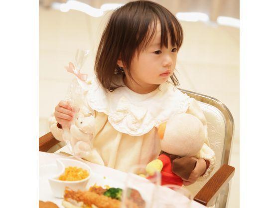 お子様料理も年齢に合わせて選べます