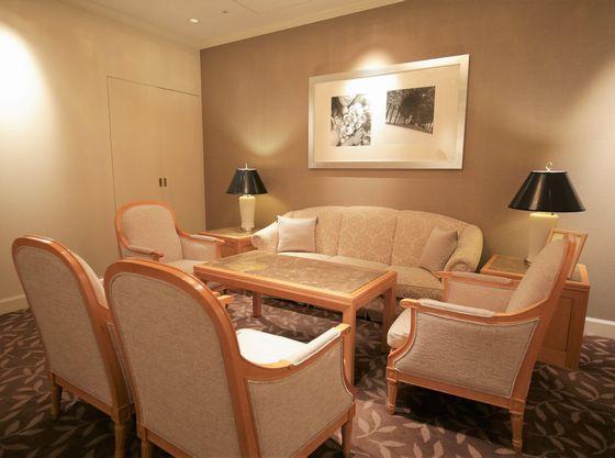 ソファ席のゆったり個室を完備