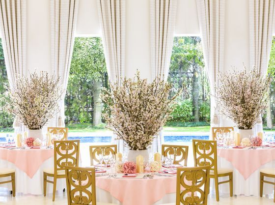 お色直しが和装なら、桜を飾って「和モダンウェディング」がオススメ!
