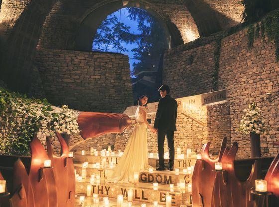 【石の教会 内村鑑三記念堂】夕刻はキャンドルに包まれ幻想的