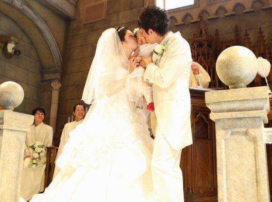 こんな写真が残せるのも結婚式ならでは!