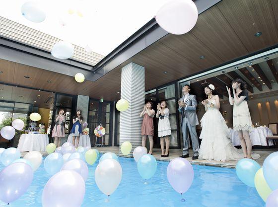 プールを使ったバルーン演出が人気NO.1