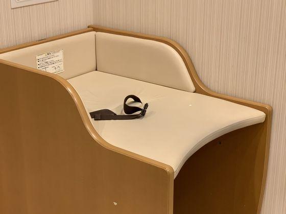 授乳室内はもちろん、披露宴近くの化粧室内でもおむつ替え可能