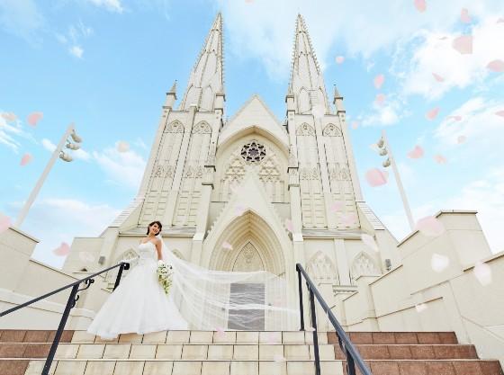 県下最大級地上50mの高さを誇る聖パトリックアルカディア大聖堂
